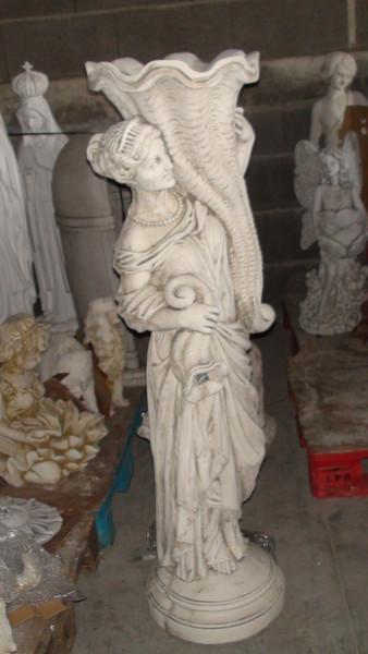 statue de jardin en pierre femme aux cornes d 39 abondance le bon vivre. Black Bedroom Furniture Sets. Home Design Ideas