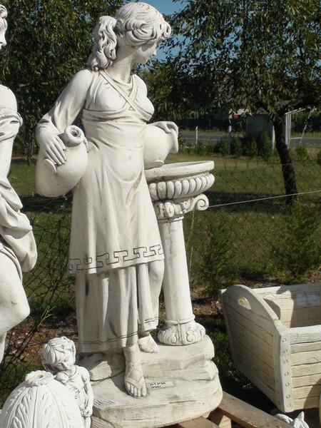 Femme fontaine de 40 ans - 1 part 10